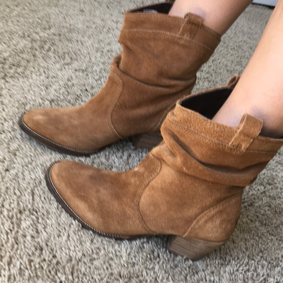 how to serch beautiful and charming best price Euc dingo ankle slouch western cowboy boots
